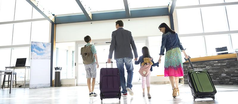 maksa-travel-αεροπορικά-εισηιτήρια-αθηνα-πειραια